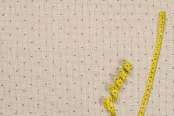 Winzige Blumen auf Karomuster – BLAU 100% Baumwolle